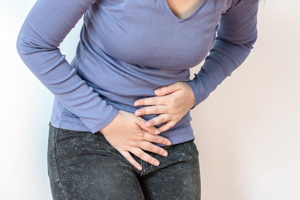Характерные предменструальные боли внизу живота при наличии кисты