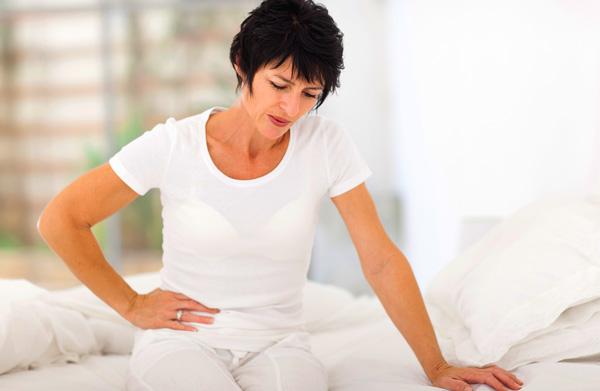 Посмотрим, как менопауза влияет на возникновение кистозных образований яичников и каковы особенности лечения патологии в данный период...