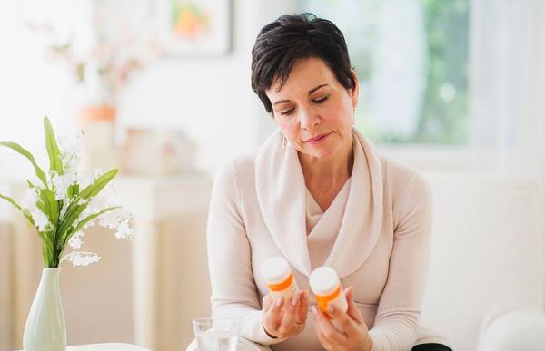 Воздействие гормональных препаратов на кисту в период климакса