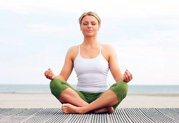 Выясняем, можно ли практиковать йогу при миоме матки...