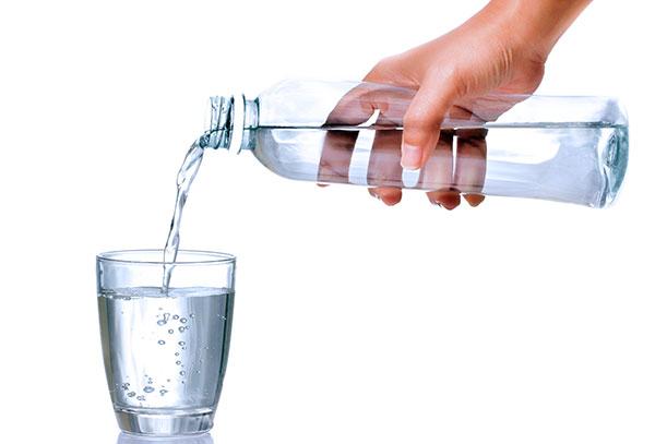 Разбираемся, может ли минеральная вода заменить таблетки в лечении эндометриоза и миомы матки...